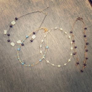 Jewelry - Group of pretty and versatile necklaces